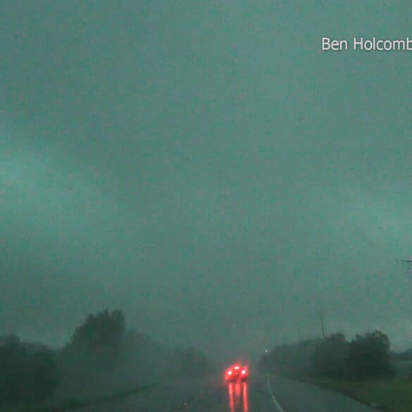 Tornado near Denton, Texas on May 10, 2015