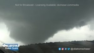 Tornado near Seiling May 18, 2017
