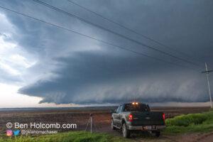 Truck and Shelf Cloud