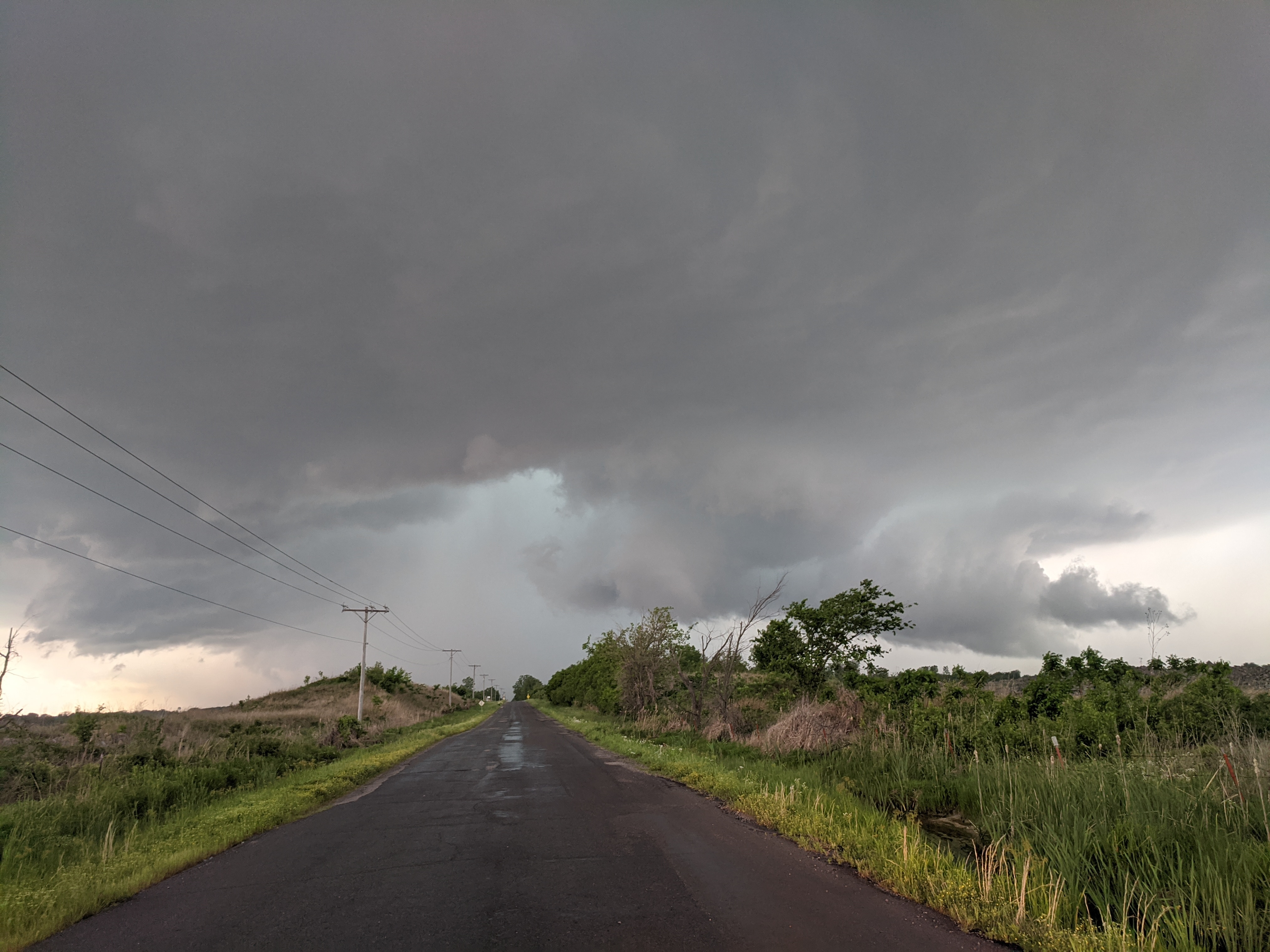 Supercell thunderstorm near Pryor, Oklahoma