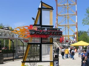 Top Thrill Dragster Sign