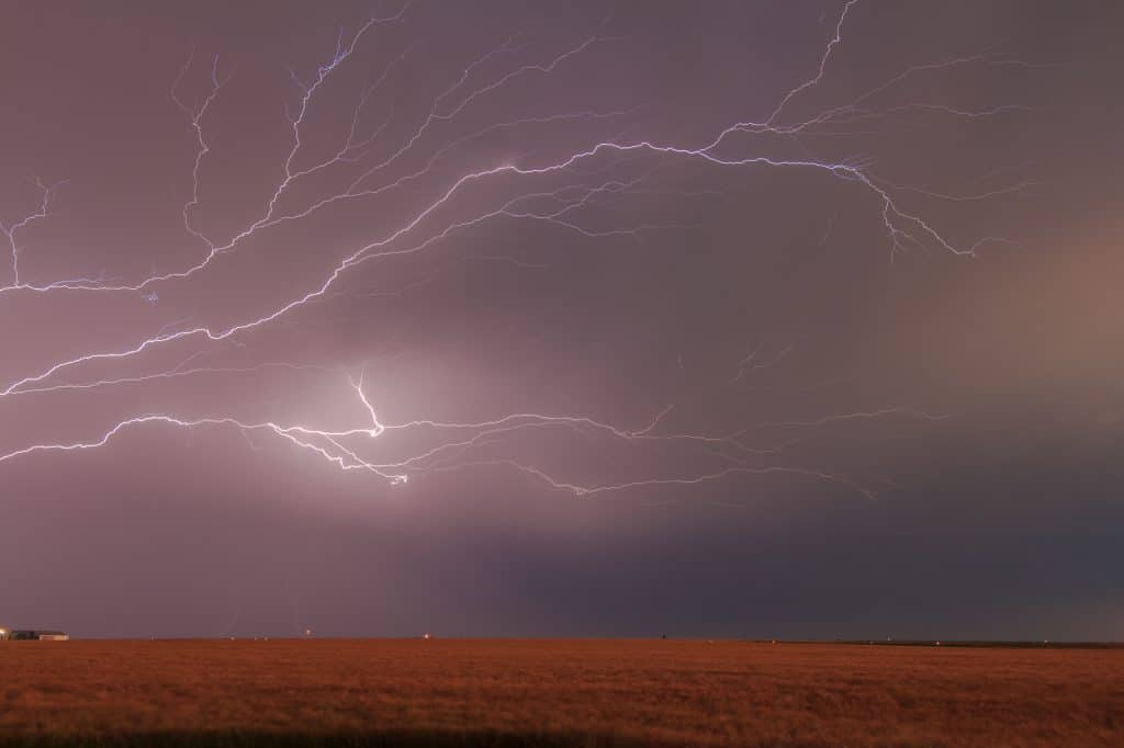 Crazy lightning near Quanah, TX