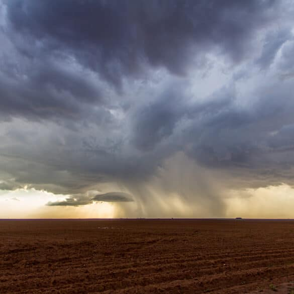 Storms in the great plains of the united states