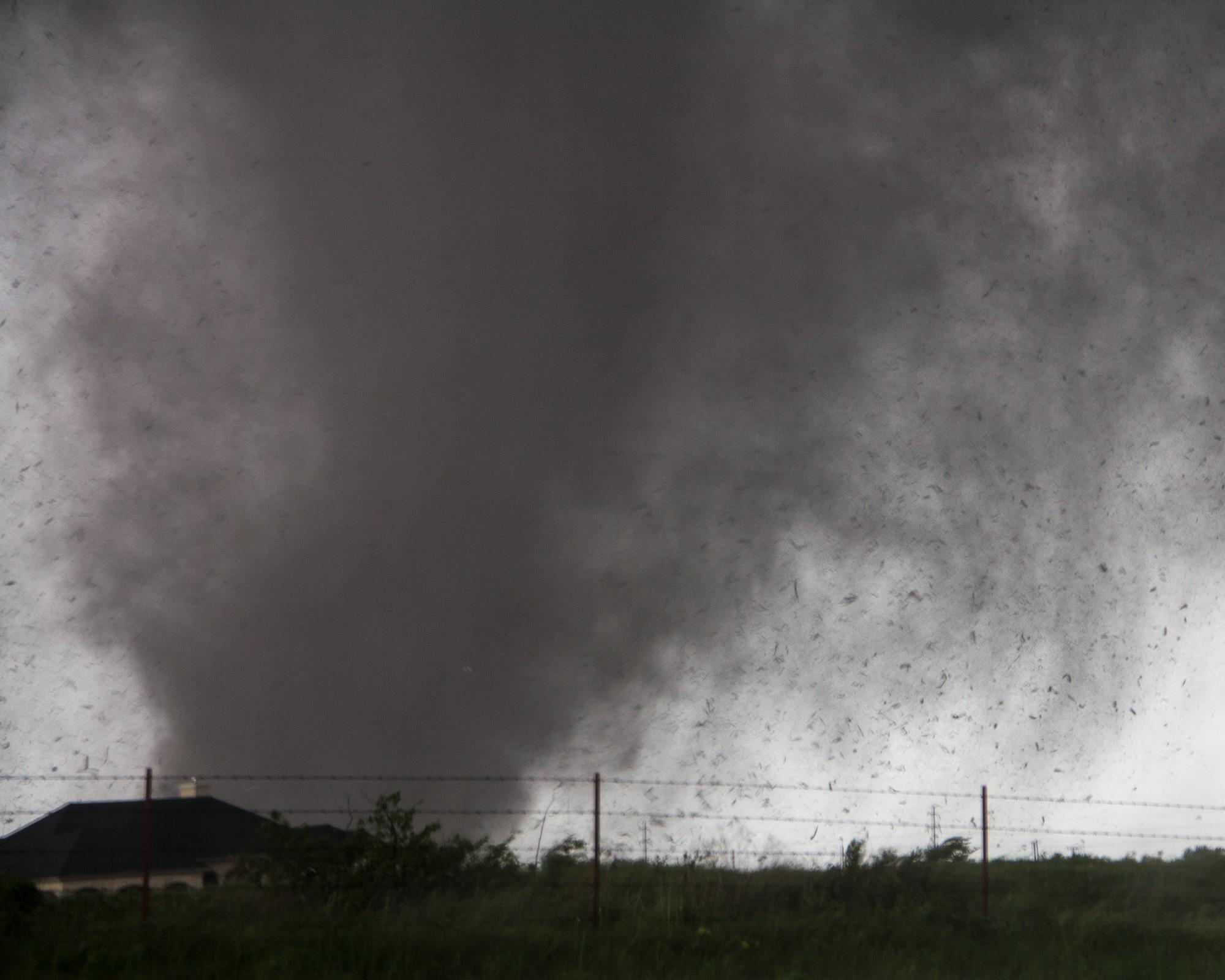 The EF-5 Moore Oklahoma Tornado approaches Sooner Road