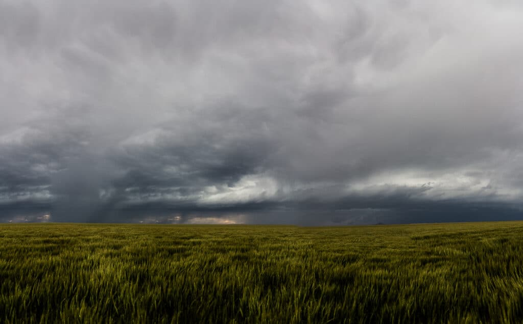 Severe warned storm near Two Buttes