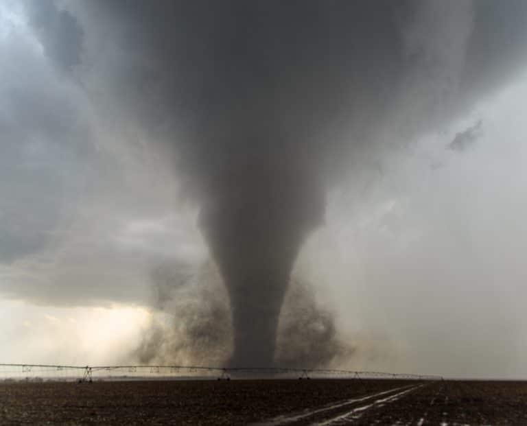 Dodge City, KS Main Tornado #1 May 24, 2016