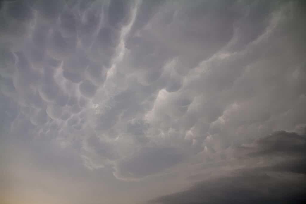Mammatus overhead