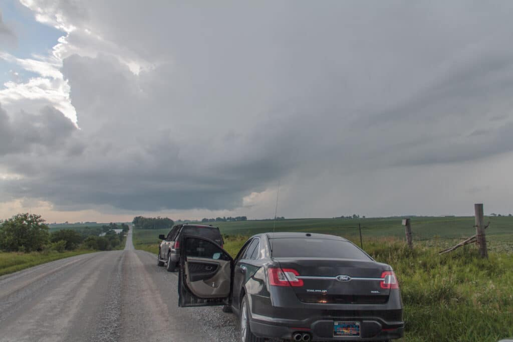 First wall cloud appears