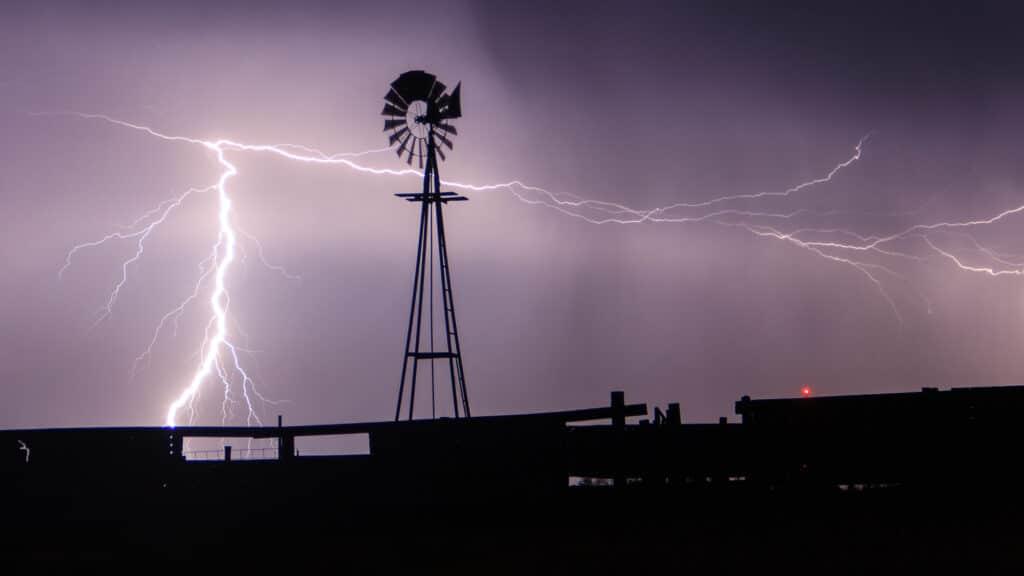 Windmill Lightning