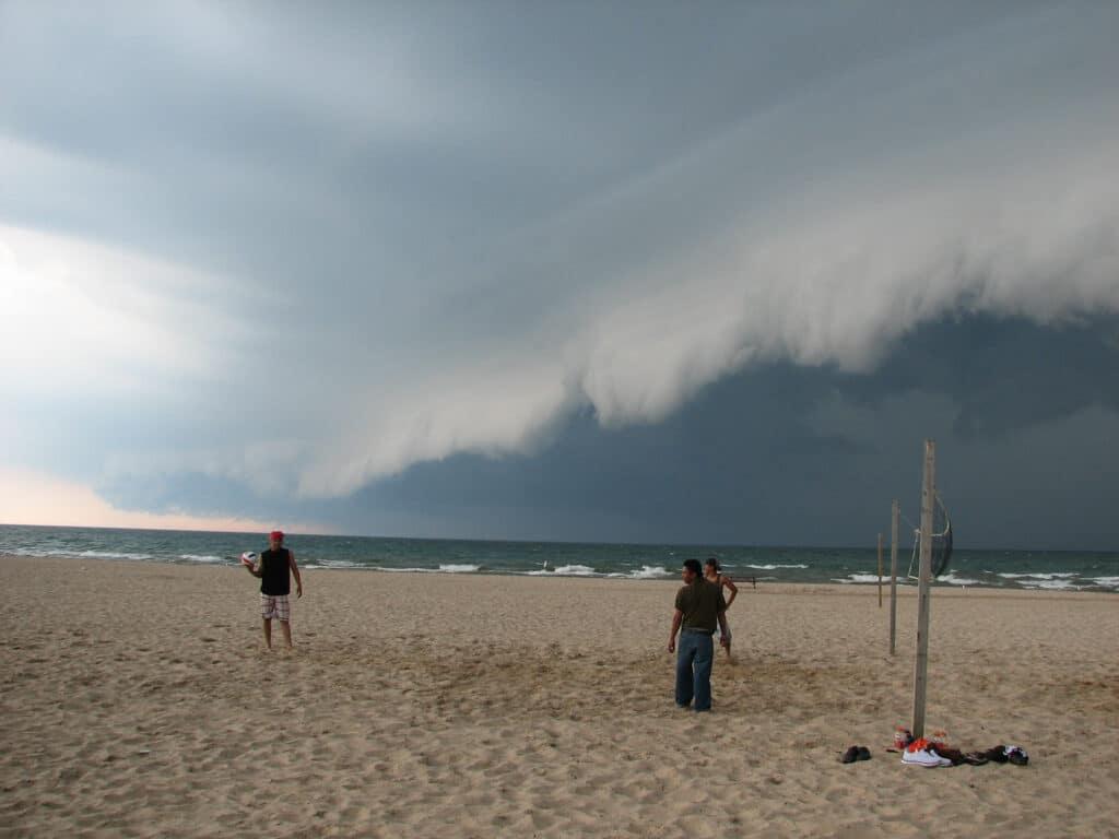 Shelf Cloud over Lake Michigan