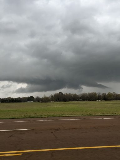 Wall Cloud on Supercell in Tennessee